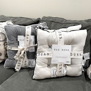 Rae Dunn 4 Chair Cushions